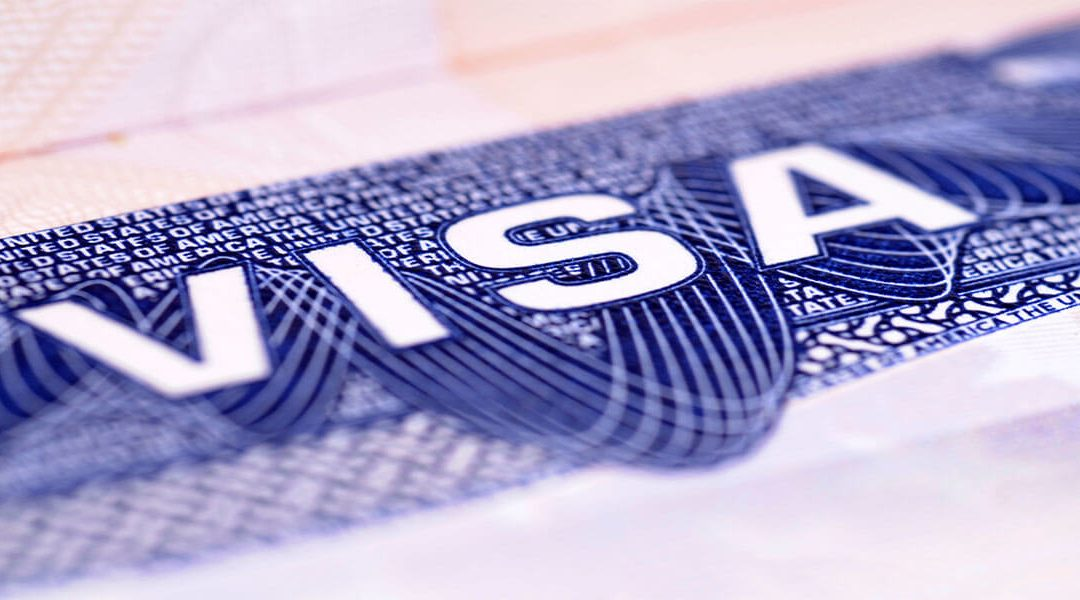 How to Travel Abroad With the Eb 1 Visa